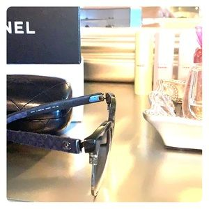Chanel sunglasses 5342